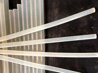 热熔胶 环保型热熔胶棒 11mm白色透明胶条 高粘透明性热熔胶条