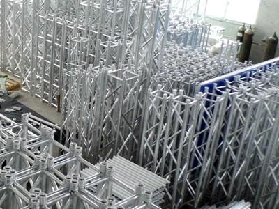 南宁桁架租赁 舞台桁架背景 桁架喷绘 桁架搭建展板 桁架搭建