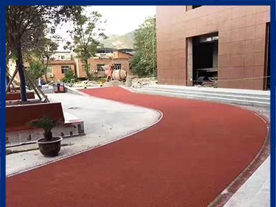 广西防滑地坪厂家 供应陶瓷颗粒防滑地坪 陶瓷颗粒防滑地坪施工 防滑地坪