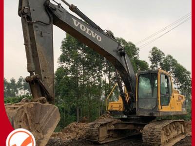 云南二手挖掘机交易市场 二手挖掘机 11年沃尔沃210 二手挖机