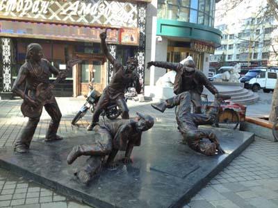 南宁玻璃钢雕塑价格 南宁玻璃钢雕塑定制批发