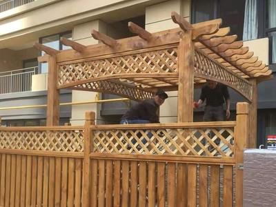 南宁防腐木护栏 领景园林 河道栏杆护栏 款式多样