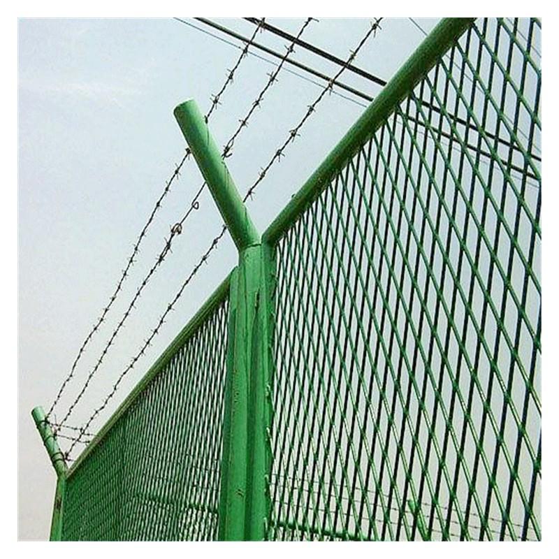 广西双边护栏网 球场护栏网批发 广西护栏网厂家直销