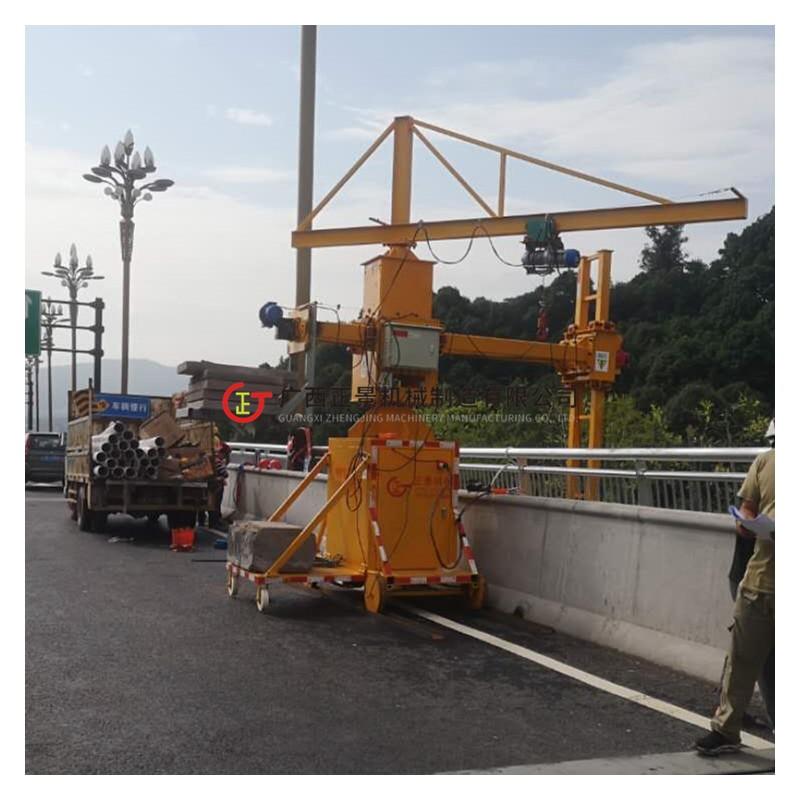 桥梁侧面施工作业行走车 安装雨水管专用机器 可安桥墩