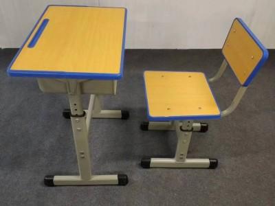 南宁市本地固定式课桌椅  培训班用课桌椅