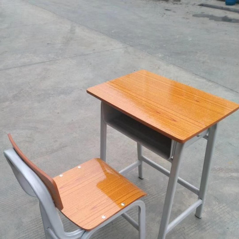南宁哪里有课桌椅卖,课桌椅多少钱