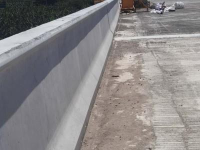 桥梁出水管安装施工设备