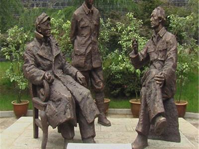 人物雕塑批发定制    柳州人物雕塑经销商
