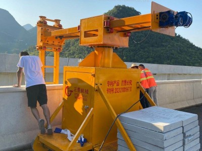 高速桥梁泄水管施工安装设备