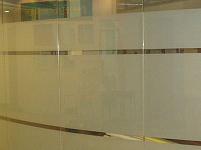 广西单透膜定做 广告单透膜批发 单透膜广告设计公司