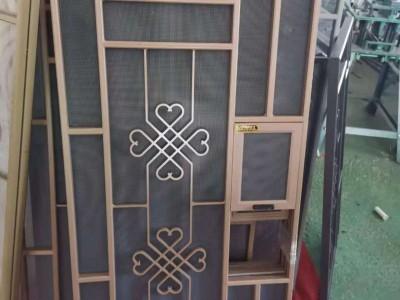 南宁安装定制防盗网金刚纱窗各种纱门