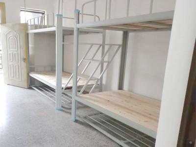 宾阳方管铁架床_上下铺高低床_爬梯方管