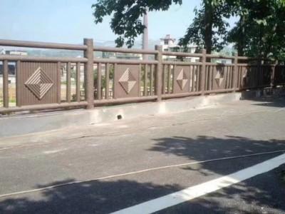 广西仿木X型栏杆仿木栏杆仿木X型护栏定制仿木护栏