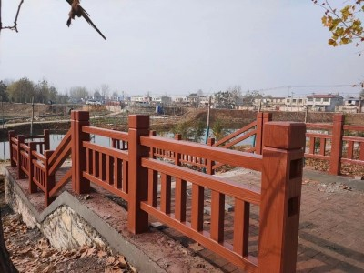 广西景区仿木护栏工混凝土仿木护栏定制 仿木栏杆