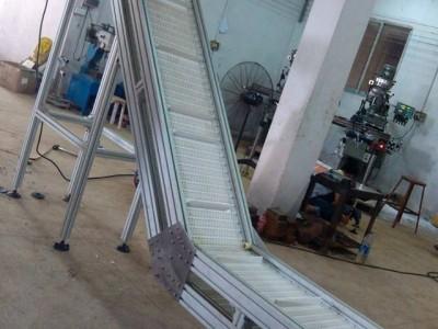 广西爬坡输送机生产厂家 爬坡输送机批发  爬坡输送机厂家直销