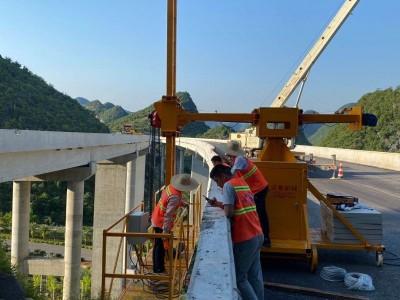 广西桥梁泄水管安装施工平台 桥梁单边检测车 桥梁排水管安装设备