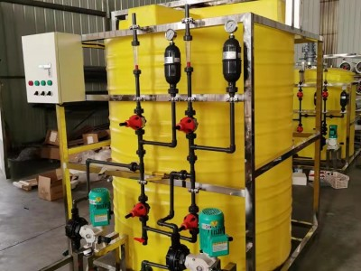 广西加厚食品级PE塑料加药桶 加药箱 水处理配件